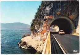 Lac Du Bourget: RENAULT DAUPHINE - Nouvelle Route De Corniche De La Colombière - Env. D'Aix-les-Bains  - (France) - Toerisme