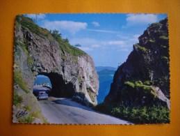 Cpsm  LA SCHLUCHT  -  88  -  Le Tunnel De La Schlucht  -  Vosges - France