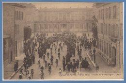 60 - COMPIEGNE --  Circuit LAPORTE 1920 - Palais - Défilé - Compiegne