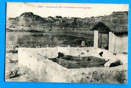 LIP304, Aden, Barracks And Cliffs, A Musulman At Evening Prayer, Animée, Circulée 1912 Timbre Décollé - Yemen