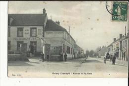 Moissy-Cramayel  77    Avenue De La Gare Animée-Attelage Et Café-Restaurant - Andere Gemeenten