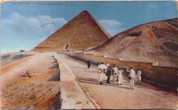 Egypte - La Montée Des Pyramides - Non Classés