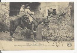 Le Couple à Cheval      à La Foire De La Toussaint Au Puy - Otros Municipios