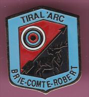 44895-Pin's..Brie Comte Robert.tir à L'arc.Cerf.. - Villes