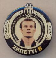 PIN´S FOOTBALL JUVENTUS - GIOCATORE (CRISTIANO ZANETTI - N° 6) STAGIONE 2007/08 - LEGGI - Pin's (Badges)