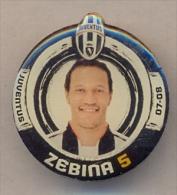 PIN´S FOOTBALL JUVENTUS - GIOCATORE (JONATHAN ZEBINA - N° 5) STAGIONE 2007/08 - LEGGI - Pin's (Badges)