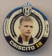 PIN´S FOOTBALL JUVENTUS - GIOCATORE (DOMENICO CRISCITO - N° 19) STAGIONE 2007/08 - LEGGI - Pin's (Badges)