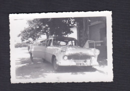 Photo Originale - Jean Weill Dentiste à Saint Dizier Voiture Simca Vedette Lieu à Situer - Automobiles