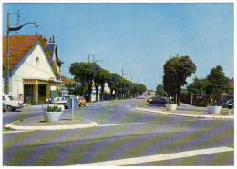 Cp La Charité Sur Loire, Avenue De La Gare ( Automobiles ) - La Charité Sur Loire