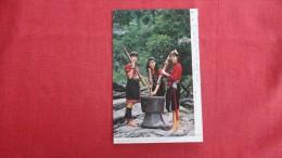 Taiwan  Cleaning  Rice----1847 - Taiwan