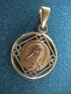 Médaille   -plaquée Or - Religion & Esotericism