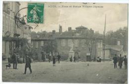 Auch Place Et Statue Villaret Joyeuse - Auch