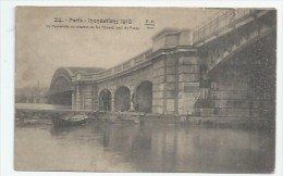 75 - PARIS - INONDATIONS - PASSERELLE DU CHEMIN DE FER QUAI DE PASSY - De Overstroming Van 1910