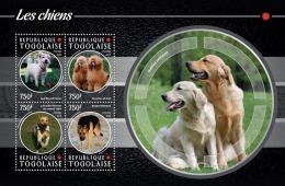 tg15205a Togo 2015 Dog s/s