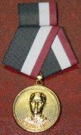 *O349 CUBA MILITAR MEDAL. ENRIQUE HART. - Jetons & Médailles