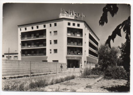 Espagne--CALAFELL - Gran Hotel Alorda (petite Animation),cpsm 15 X 10 N°9  Exlusiva Claudio Sole - Tarragona