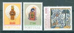 PORTUGAL - Mi 1562/1563 + 1568 - MNH** - Cote 3,50 € - 1910-... République