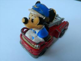 Ancien Camion Métal De Pompiers Avec Mickey - Walt Disney - MATCHBOX - Séries N° 1 - 1979 - LESNEY Prod & Co - Jouets Anciens