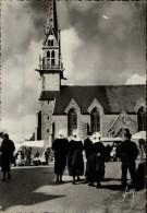 29 - TREGUNC - Coiffes - Marché - Trégunc