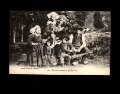 29 - TREGUNC - Costumes - Coiffes - Famille Bretonne - Trégunc
