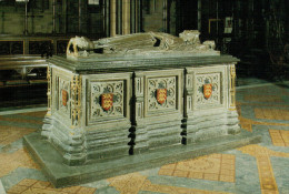 WORCESTER  CATHEDRAL   TOMB  OF  KING  JOHN      (NUOVA) - Eglises Et Cathédrales