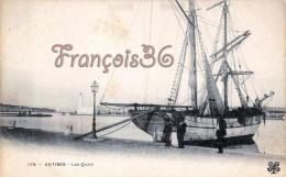 (06) Antibes - Les Quais - Sailboat Voilier - 2 SCANS - Antibes