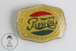Pepsi Cola Vintage Advertising - Pin Badges #PLS - Marcas Registradas