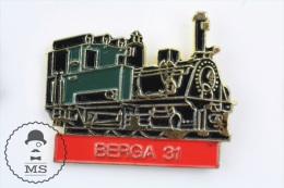 Berga 31 Catalonia Spain Steam Train / Railway - Pin Badges #PLS - Transportes