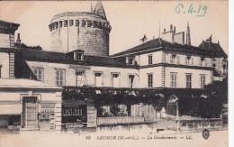 Cp , 49 , SAUMUR , La Gendarmerie - Saumur