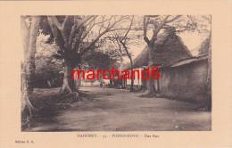 Afrique Dahomey Porto Novo Une Rue Editeur E.R. N°33 - Dahomey