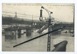 CPA - Paris - Les Inondations De Janvier 1910 - Le Chemin De Fer Des Invalides - Alluvioni Del 1910