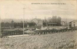 52 - Gudmond - ** La Gare - Wagons  En Gare ** - Cpa - Bon état. - France