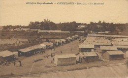 Cameroon Cameroun Douala Marché Market Edition Tabourel Printed In Paris - Kameroen