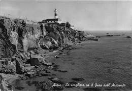 """01691 """"(ROMA) ANZIO - LA SCOGLIERA ED IL FARO DELL'ARCOMUTO""""  CART. ORIG.  SPEDITA 1955 - Italia"""