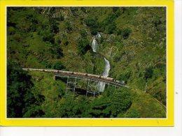 AUSTRALIA RAILWAYS - THE KURANDA TOURIST TRAIN OVER STONEY CREEK BRIDGE - Trains