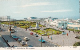 POSTCARD THE BATHING POOL AND GARDENS MORECAMBE ET 5483 VINTAGE 1970'S MOTOR CARS COLOUR RPPC - England