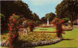 Embankment Gardens And War Memorial, Bedford - Bedford