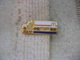 Pin´s Transports M&M. Mac Donald's - Transportation