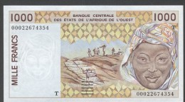 TOGO  ( West African States) 1000 Francs 2002- P811T - UNC - Togo