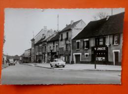 Cpsm 95 GARGES Les GONESSES Rue De Verdun Commerces,Pharmacie,2CV Camionnette,P60 - Garges Les Gonesses