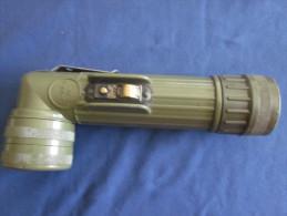 VERITABLE LAMPE TL122 ARMEE FRANCAISE - Optics