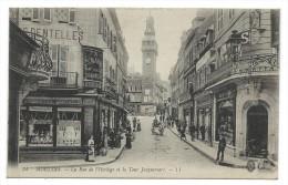 CPA - MOULINS, LA RUE DE L' HORLOGE ET LA TOUR JACQUEMART - Allier 03 -Ecrite, Animée, âne Attelé, Commerces - Moulins