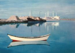 CPSM  SAINT PIERRE LE MOLE - Saint-Pierre-et-Miquelon