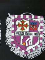 Autres Collections - Sport - Club De Football - Fanion - Toulouse Football Club - Habillement, Souvenirs & Autres