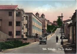 Calabria-vibo Valentia-vibo Valentia Via Ventotto Ottobre Animata Anni/50 - Vibo Valentia