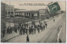 95 - ARGENTEUIL - ROUTE D'ARGENTEUIL - SORTIE DE L'USINE SOCIETE LORRAINE DIETRICH DE LUNEVILLE - Argenteuil