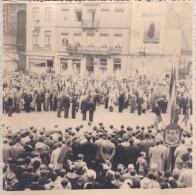 VERVIERS-PHOTO ORIGINAL-(13-13 CM)-INAUGURATION DU DRAPEAU-F.N.A.P.G.-15 MAI 1949-SOLDATS-DOCUMENT HISTORIQUE-2 SCANS ! - Verviers