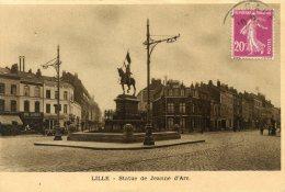 C4046 Cpa 59 Lille - Statue De Jeanne D'Arc - Lille
