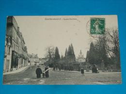 86) Chatellerault - Square Gambetta  -  Année  - EDIT : Nouvelles Galeries - Chatellerault