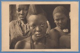 AFRIQUE - TCHAD --  Jeune Femme Foulbé - Tchad